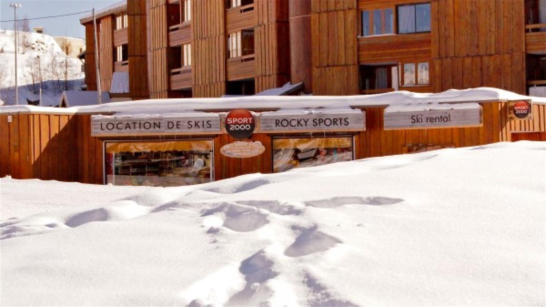 Ouverture du magasin et du domaine skiable